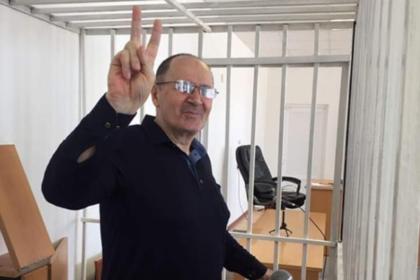 Нашедший секретные тюрьмы в Чечне правозащитник вышел на свободу