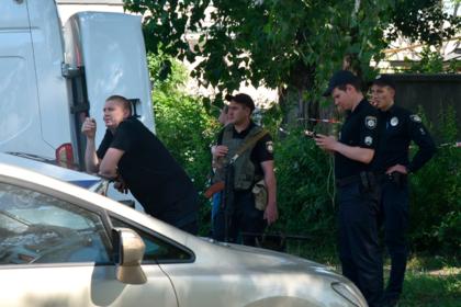 Пьяные сторонники официальной церкви Украины избили прихожанок УПЦ