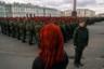 Среди финалистов международного конкурса в этом году сразу несколько россиян. Фотография Ильи Штуцы с репетиции парада на Дворцовой площади заняла третье место в категории «Одиночная фотография».
