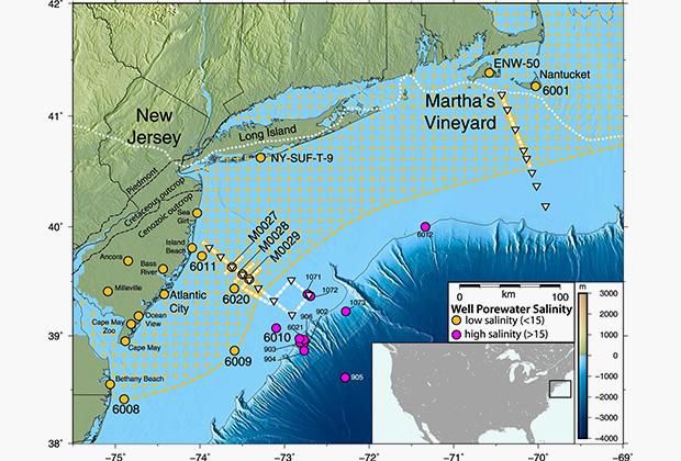 Желтая пунктирная линия ограничивает открытую учеными систему подводных водоносных горизонтов