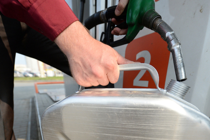 Правительство задумалось о непродлении заморозки цен на топливо