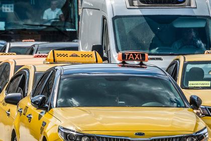 Россиянка обвинила таксиста в изнасиловании и удержании в плену