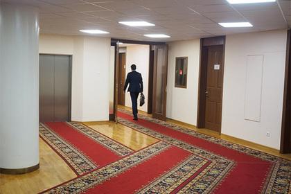 Раскрыты траты российских чиновников на заграничные поездки