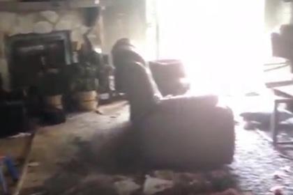 Подросток вынес брата-инвалида из горящего дома и прослыл героем