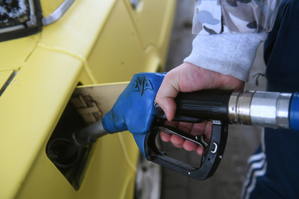 Россиянам пообещали низкие цены на бензин