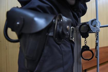 Cотрудник ФСБ пойдет под суд за пытки бизнесмена охотничьим карабином