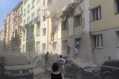 Под обломками взорвавшегося дома в Вене нашли погибшую женщину