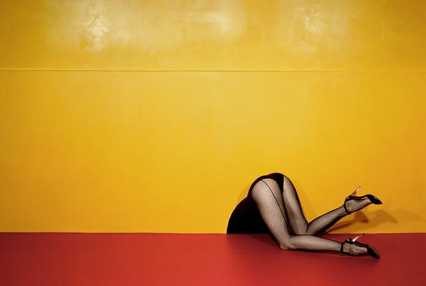 Ги Бурден — признанный мастер fashion-фотографии, 30лет проработавший в Vogue. Его называли гением. На его счету эксклюзивные контракты с модными домами Chanel и Emanuel Ungaro. Выставка в Арле продемонстрирует лучшие работы и редкие полароиды.