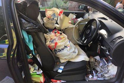 Водитель потерял тормоз в захламленной машине и попал в аварию: Происшествия: Из жизни: Lenta.ru