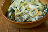 Помачка — жидкое рыбное блюдо, название которого, вероятно, произошло от слова «макать». Традиционно оно готовилось из кислой рыбы «с душком». Доводится она до этого состояния таким способом: очищенную рыбу надо нарезать на порционные куски и отваривать в небольшом количестве воды с добавлением репчатого лука и растительного масла 30 минут. Затем очистить от костей, в полученное рыбное филе добавить небольшое количество крепкого чая и размять вилкой. И ждать...