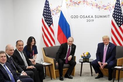 Трамп обещал серьезно обдумать приглашение Путина на 75-летие Победы