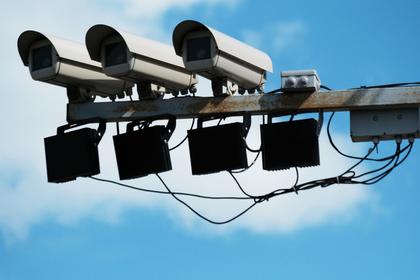 Госдума рассмотрит запрет частных дорожных камер: Общество: Россия: Lenta.ru