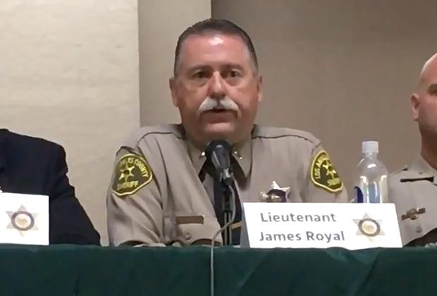 Полицейский округа Лос-Анджелес Джеймс Ройал