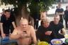 """21 сентября 2016 года СМИ <a href=""""http://ren.tv/novosti/2016-09-21/vor-v-zakone-guli-bakinskiy-s-razmahom-otmechaet-den-rozhdenie-na-zone"""" target=""""_blank"""">опубликовали</a> видео торжества в честь дня рождения вора в законе Гули Бакинского: как подобает настоящему авторитету, этот праздник Гули отметил на зоне. На торжество собрались несколько десятков зэков, большинство из которых на корточках сидели вокруг именинника. Один из них зачитал вору в законе поздравление от «коллектива»: <br></br> <i>«Давайте соберемся и поднимем кружку чифира за его здоровье. Пожелаем ему успехов, удачи, много побед и долголетия. Выразим благодарность за проявленное внимание к нам. В свою очередь он передает всему порядочному люду большой привет, теплые слова. Желает нам сплоченности и фарта воровского. На этом ограничимся, с уважением к вам, братва лагеря».</i> <br></br> Гули Бакинский принимал поздравление, сидя за небольшим столом, уставленным блюдами с нарезанными фруктами — то ли от руководства зоны, то ли из передач родственников."""