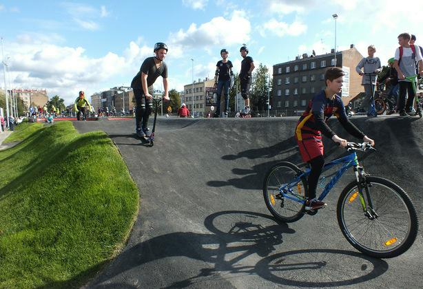 Открытие общественного спортивного пространства на месте  старого стадиона в Риге