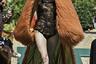 Видение маркой Antonio Ortega сути Haute Couture отличается экстравагантностью, которую можно было бы назвать предельной, если бы она не продолжала расти в геометрической прогрессии от показа к показу. Если четыре года назад марка просто приделала моделям соломенные нимбы, то в коллекции осень-зима 2019-2020 на подиум выходили модели в мантиях из оранжевого чебурашки с золотистым подбоем и с пластиковыми медвежьими головами вместо шляп.