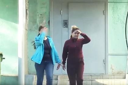 Мужа сбежавшей смиллионами рублей кассирши отпустили