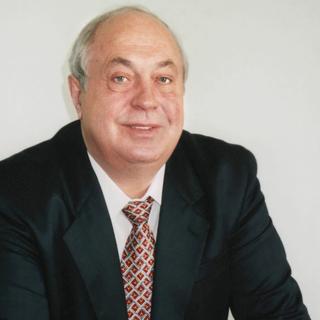 Владимир Махлай