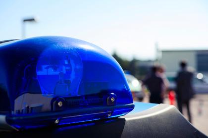 Подросток предпочел тюрьму обществу брата и ударил его ножом