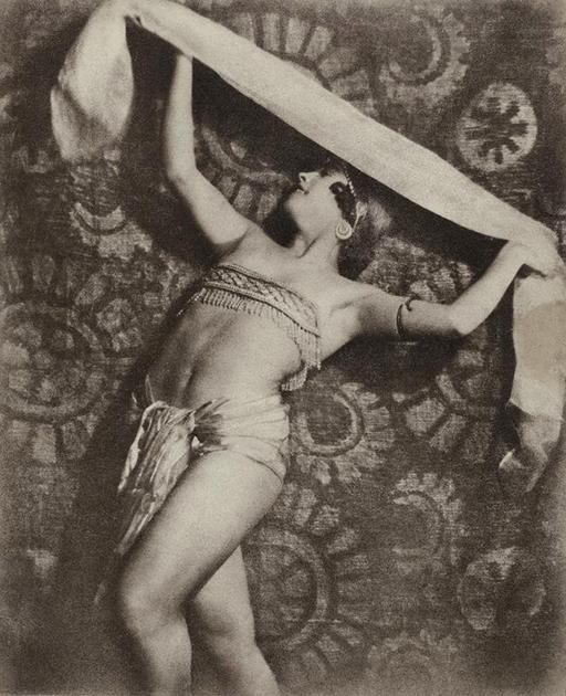 В 1920-х московские пикториалисты провели четыре выставки под общим названием «Искусство движения», важное место в которых неизменно занимали и работы Гринберга.
