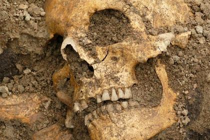 Найдены подземные корабли со скелетами на борту