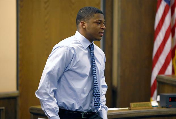Трент Мейс на суде. 2013 год.