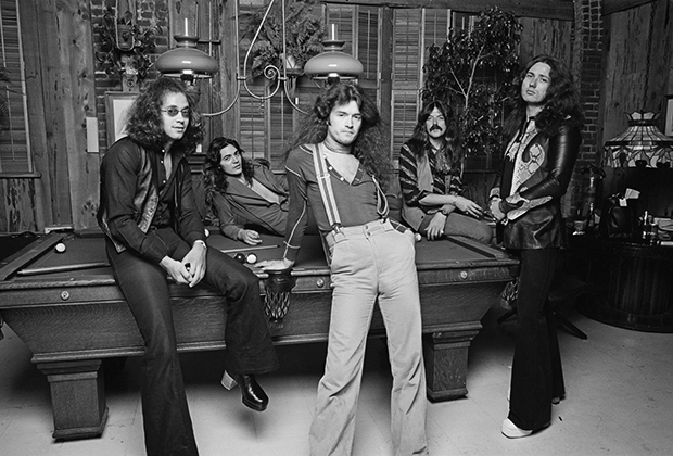 Июнь 1975 года, Лос-Анджелес (Калифорния): Йен Пайс, Томми Болин, Глен Хьюз, Джон Лорд и Дэвид Ковердейл