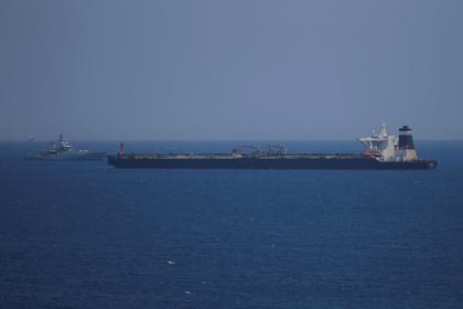 Лондон подтвердил попытку Тегерана остановить британский танкер вОрмузском проливе