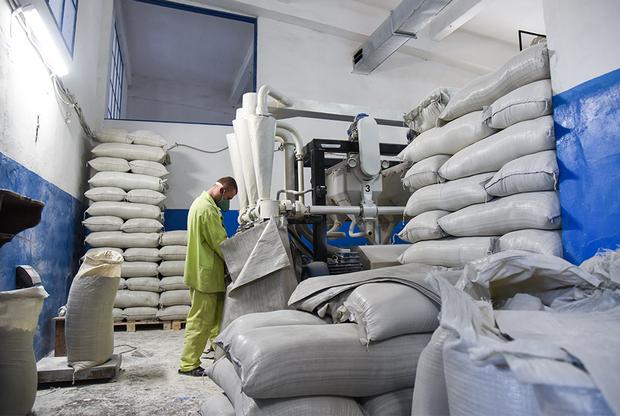 Мукомольный цех в ЛИУ-19, где производят муку для исправительных учреждений Мордовии и еще восьми регионов России.