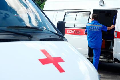 Девочка выпала из окна гостиницы в Сочи и погибла