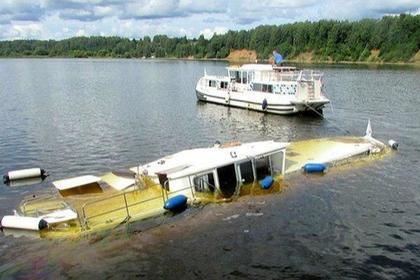 Российская яхта затонула после столкновения с теплоходом