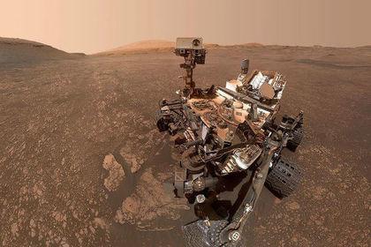 НАСА показало Curiosity с орбиты Марса