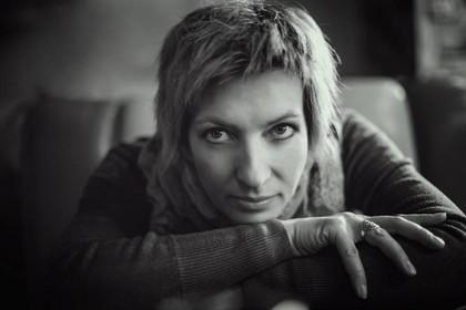 Умерла писательница Елена Касьян