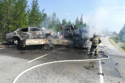 Выросло число пострадавших при столкновении маршрутки и грузовика