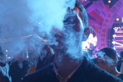Правительство поддержало идею приравнять вейпы и кальяны к сигаретам