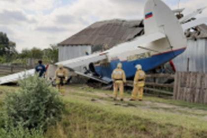 Названа причина падения самолета на жилой дом в Чечне