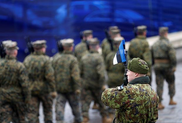 Парад эстонской армии в День Независимости