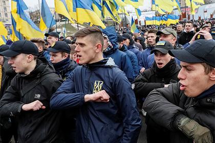 Правительство Украины заподозрили в тайном финансировании радикалов