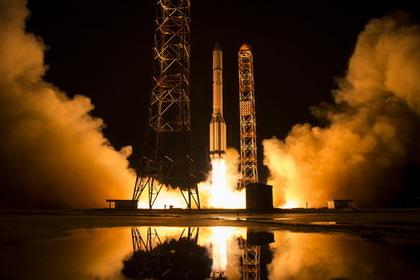Запуск «Протона-М» перенесли из-за трещины