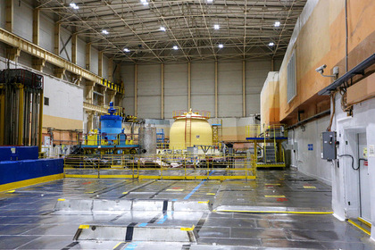 Центральный зал реакторного отделения  Кольской АЭС
