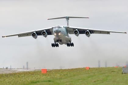 Российский Ил-76 приготовился к аварийной посадке в Жуковском