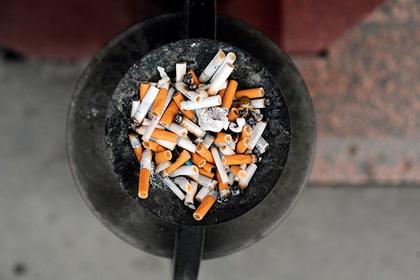 Мужчина проучил неряшливого соседа-курильщика и нашел поддержку в сети