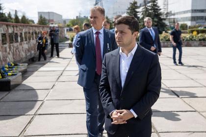 Зеленский назвал всех чиновников ворами и захотел войти в историю
