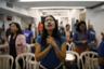 Филиппинки-католички молятся в импровизированной часовне, устроенной на тахане. Одна из них, 37-летняя сиделка Мэрри Крайст Паласиос, приходит на автовокзал не только помолиться, но и за покупками. «Здесь можно купить все, что нужно, — утверждает она.— Но надо очень внимательно следить за своими сумками, телефонами, деньгами и вещами».
