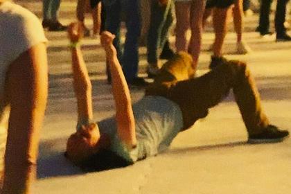 Лобода объявила о поиске танцевавшего лежа на ее концерте мужчины