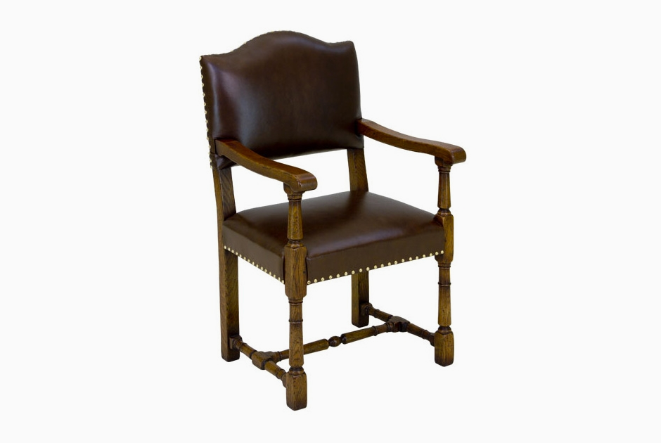 Кресло из серии Greenwich Early English марки Tudor Oak