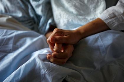Больная раком россиянка год добивалась положенного ей лекарства