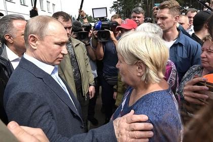 Путин опроверг слухи о причинах паводка в Иркутской области