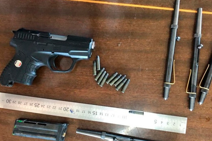 Контрабандист попался ФСБ с партией стреляющих ручек photo