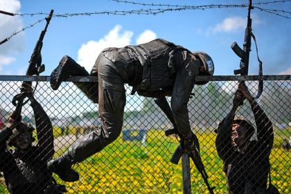 В Росгвардии началась замена военных на сотрудников ФСБ photo